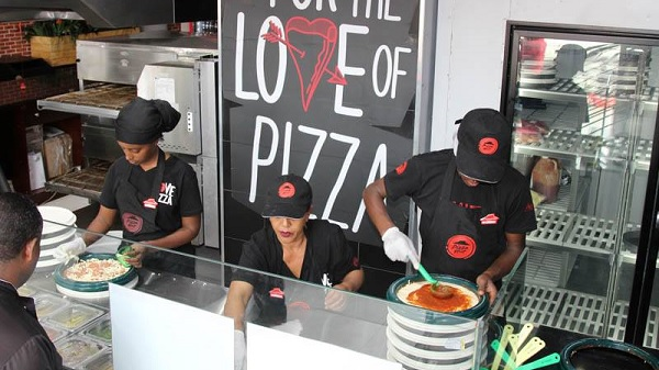 Pizza-Hut-Ethiopia (1)